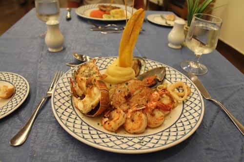 Блюдо из морепродуктов в Доминикане