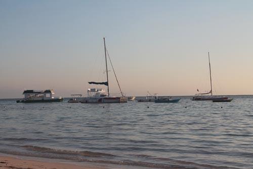 База моторных плавсредств отеля Barcelo Bavaro Beach