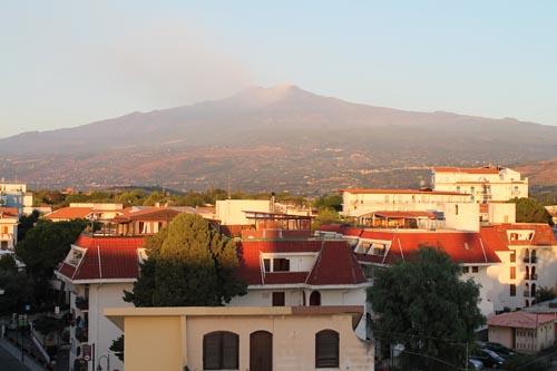 Этна утром