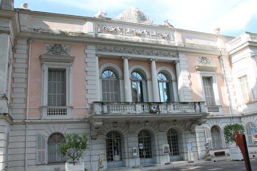 Дворец Карноле