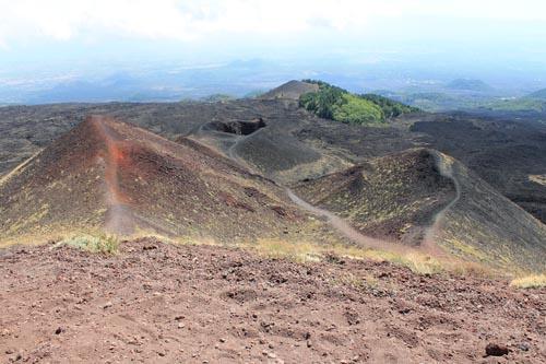 Старые кратеры Этны