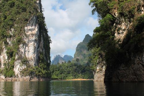 Высокогорное озеро в Таиланде
