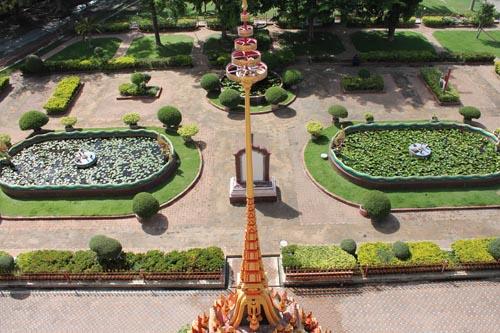 Парк около храма