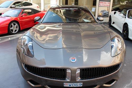 Гибридный автомобиль в Монако