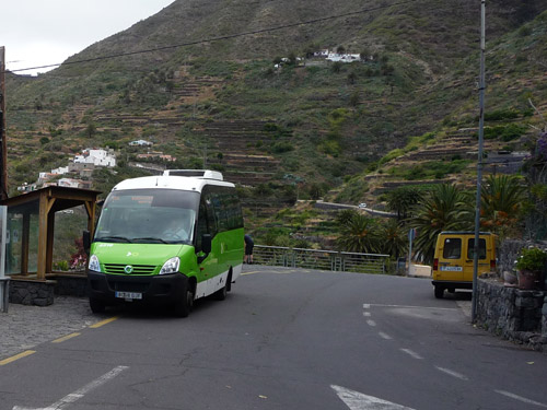 Автобус компании Титса на Тенерифе