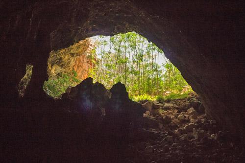 Пещера Скотино