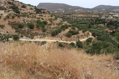 Грунтовая дорога на горе
