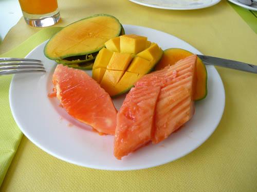 Манго и папайя на Сейшельских островах