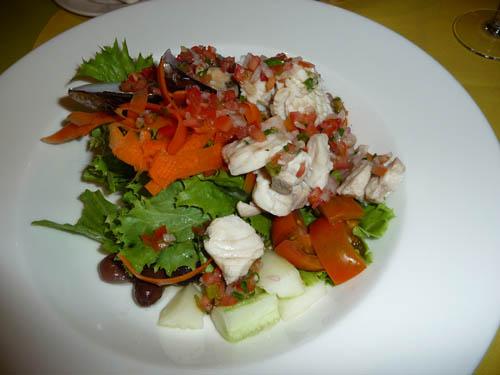 Салат из морепродуктов на Сейшельских островах