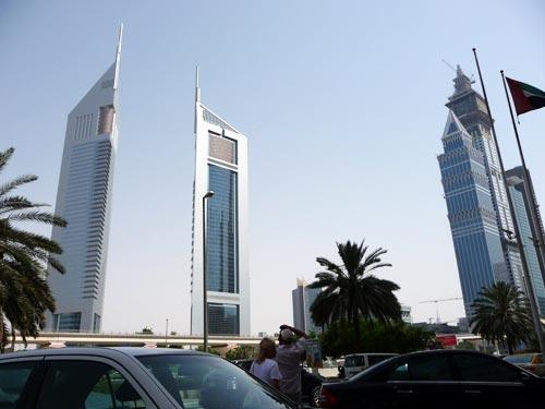 Небоскребы близнецы в Дубае