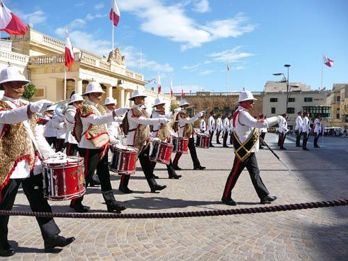 Военный парад на Мальте